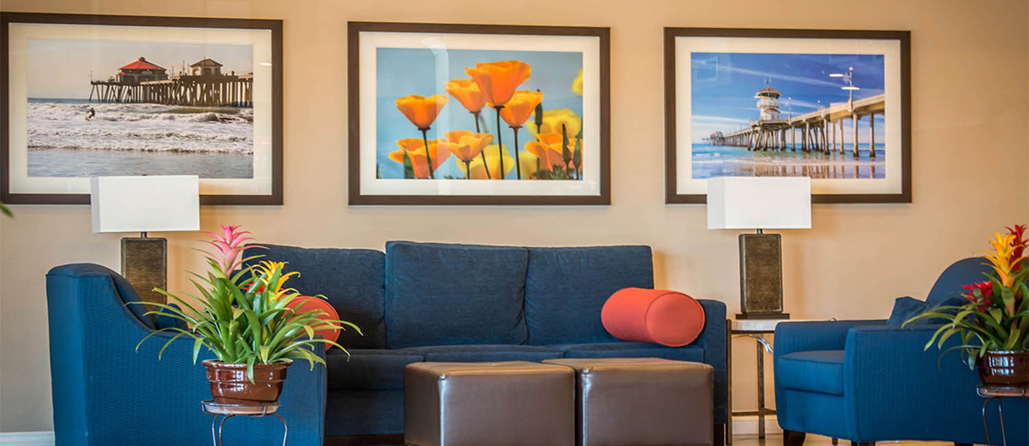 STAY AT OUR HUNTINGTON BEACH HOTEL FOR BUSINESS OR LEISURE