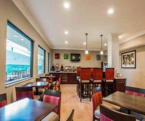 Comfort Inn Huntington Beach - Breakfast Area