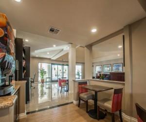 Comfort Inn Huntington Beach - Lobby Area