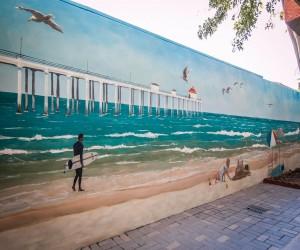 Comfort Inn Huntington Beach - Huntington Beach Mural
