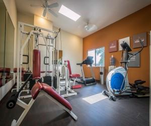 Comfort Inn Huntington Beach - Complimentary Guest Use Fitness Center