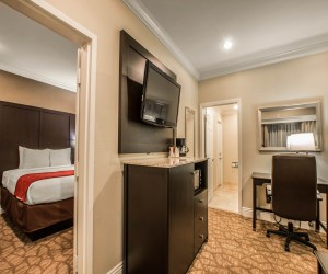 Comfort Inn Huntington Beach - Separate Bedroom in the Two Queen Family Suite